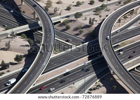 Metropolitan elevated freeway interchange
