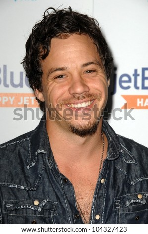 Michael Raymond-James at the JetBlue Airways and VH1 Save the Music Party. MyHouse - stock-photo-michael-raymond-james-at-the-jetblue-airways-and-vh-save-the-music-party-myhouse-west-hollywood-104327423