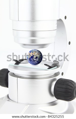 Microscope with the globe on the viewing platform