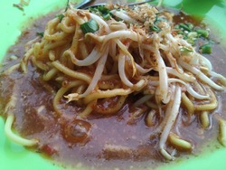MIE LENDIR (Lime noodle) is one of the specialties of Tanjungpinang, Riau Islands.