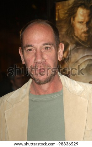 MIGUEL FERRER & sons at the USA premiere of The Lord of the Rings: The Return of the King, in Los Angeles. December 3, 2003  Paul Smith / Featureflash