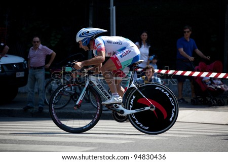 MILANO, ITALY - MAY 29: Cyclist Angel Vicioso competes during the 21th Stage of 2011 Giro d'Italia, an individual time trial stage, on May 29, 2011 in Milano, Italy