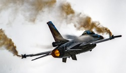 Military F16 fighter jet