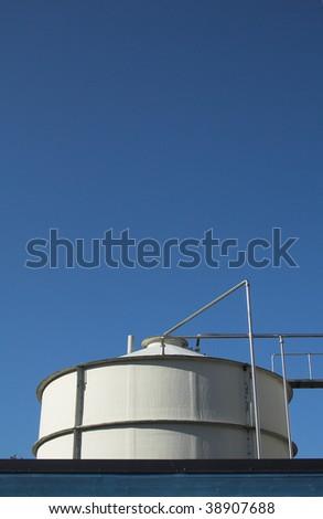 Milk tank #38907688