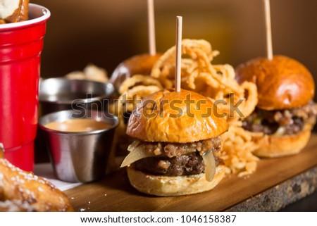 Mini Burger Sliders