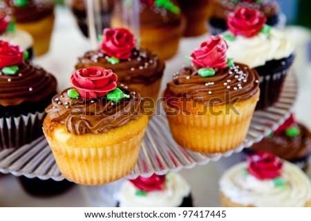 mini cupcakes during a wedding