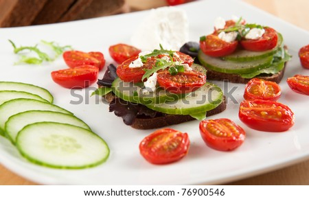 Mini Sandwiches with Broiled Tomatoes, Cucumbers, Greens and Goat ...