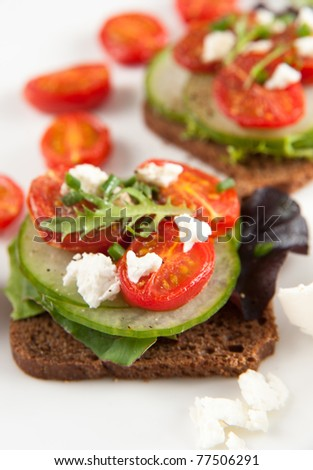 Mini Sandwiches with Broiled Tomatoes, Cucumbers, Greens and Goat Cheese