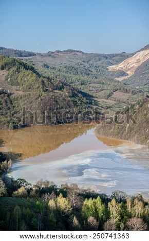 Mining disaster and water pollution in Romania. Water pollution.  Copper mine exploitation.