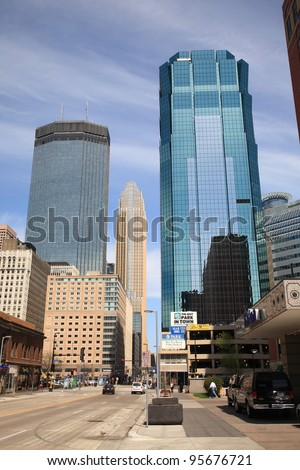 "MINNEAPOLIS, MINNESOTA - APRIL 21: Busy city streets on April 21, 2010 in Minneapolis, Minnesota. Nicknamed the ""Mill City,"" Minneapolis is the primary business center between Chicago and Seattle."