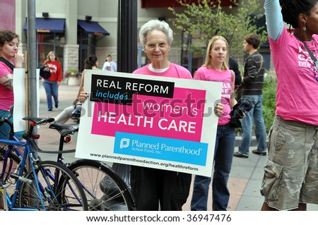 MINNEAPOLIS - SEPTEMBER 12: An advocate for Health Care Reform protests outside of Barack Obama's Health Care Reform speech at the Target Center on September 12, 2009 in Minneapolis.