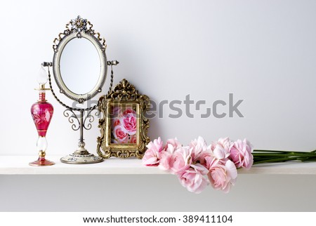 mirror and flower