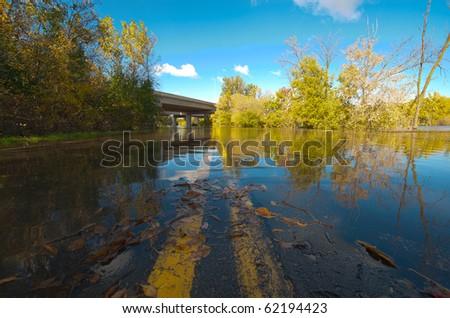 Mississippi (Minnesota)  Flooded Road