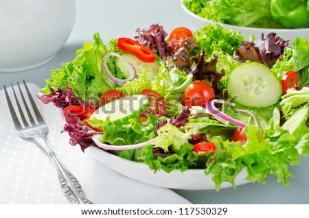 Mixed chef\'s salad.