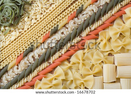 Mixed raw pasta