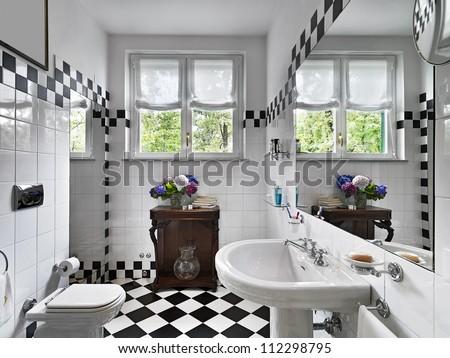 modern bathroom black and white
