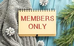 Modern beige Welcome members only zute doormat with key