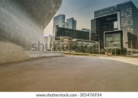 Modern building exterior with Modern architecture platform #305476934