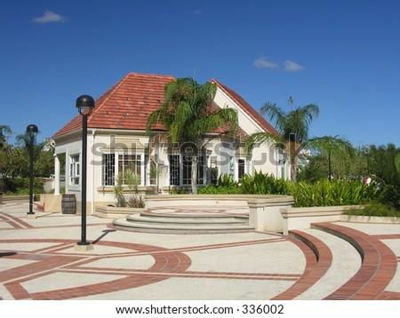 Modern caribbean architecture in Bridgetown / Barbados