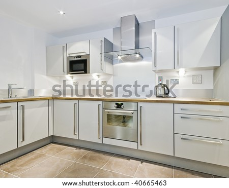 Modern Kitchen Counter In &Quot;L&Quot; Shape With Wooden Worktop