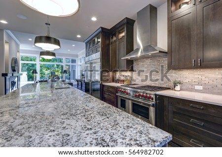Stock Kitchen Cabinets Vs Custom
