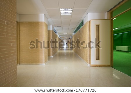 Modern public school, corridor