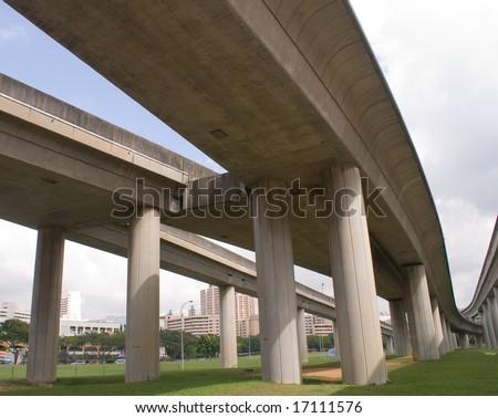 Modern railway for mass rapid transport in singapore