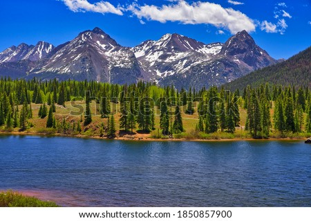 Molas Lake and Scenery along U.S. Highway 550 between Ouray and Durango, Colorado Foto stock ©