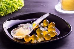 Molecular fruit juice caviar and spheres
