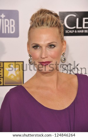 Molly Sims at the 18th Annual Critics' Choice Movie Awards at Barker Hanger, Santa Monica Airport. January 10, 2013  Santa Monica, CA Picture: Paul Smith