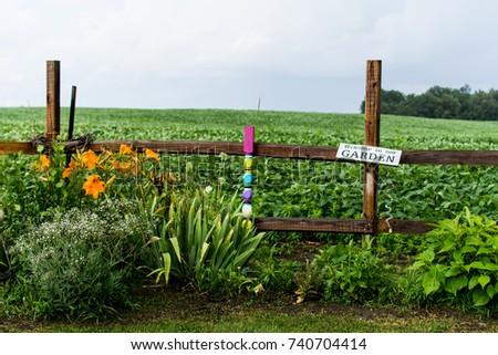 Moms Garden #740704414