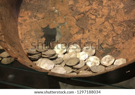 Money from the ground, an old treasure trove with Spanish silver coins Сток-фото ©