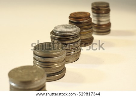 money from various countries (small change)