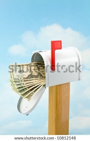 Money in the Mailbox (Fan of Twenties)