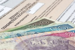 Money Polish zloty and Polish translation for PIT form for tax return in Poland