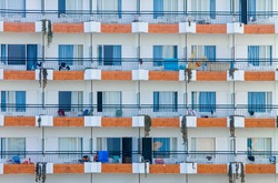 Monotonous Hotel, Majorca