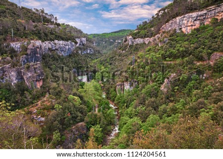 Mons, Provence, France: landscape of the Gorges de La Siagne, a deep river canyon in the nature park of the mountains Prealpes d'Azur with a hydroelectric power plant Photo stock ©