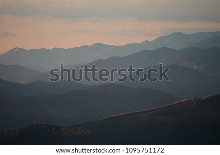 Montains in layers - Brazil - Minas Gerais - Mantiqueira.