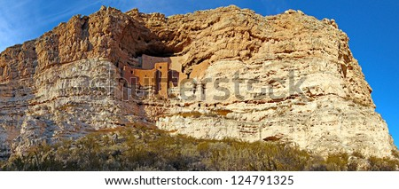 Montezuma Castle National Monument and ancient cliff dwellings