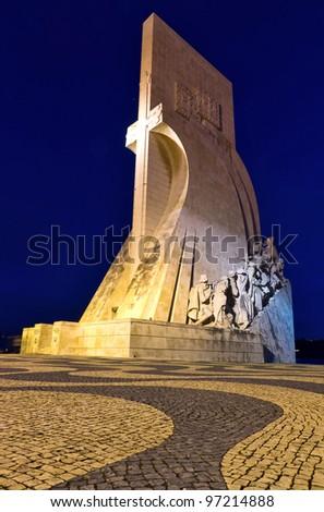 Monument Padrão dos Descobrimentos in Lisbon at night