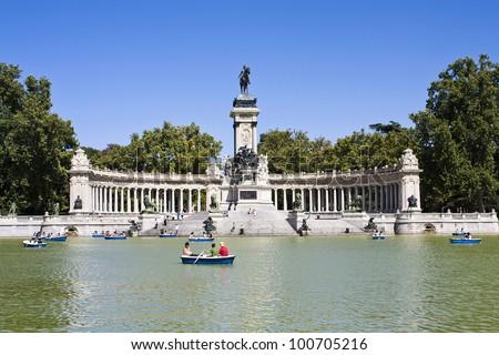 Monument to Alfonso XII in the Parque del Buen Retiro
