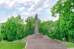 Monument to the outstanding Ukrainian poet Taras Shevchenko in the city of Kanev (Cherkasy region) on Chernechiy pagorba, on which a bronze monument of the sculptor Matthew Manitser has been installe