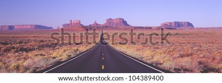 Monument Valley, Route 163 at Dawn, Utah