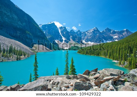 Moraine Lake at Banff National Park, Alberta, Canada