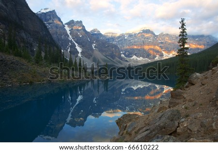Moraine Lake at sunrise, Alberta, Canada.