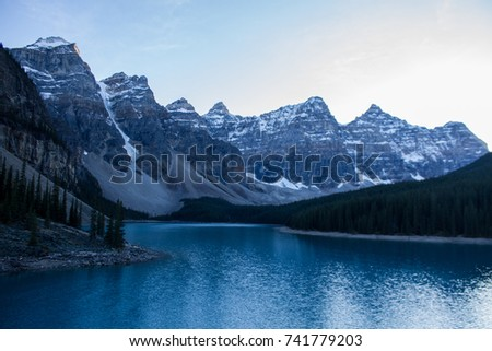 moraine lake   banff national...