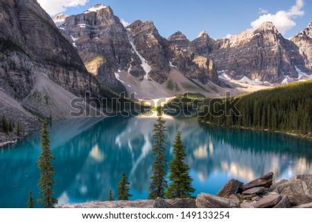 Moraine lake in Lake louise. Banff National Park, Alberta, Canada.