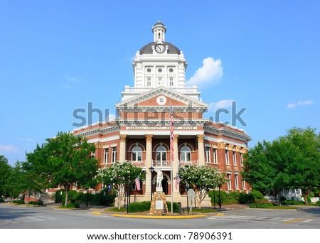 Morgan County Court House in Morgan County, Georgia.