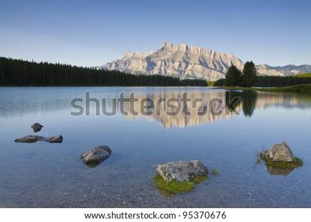 Morning at Two Jack Lake, Banff National Park (Alberta, Canada)