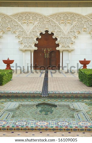 moroccan garden design on Moroccan Architecture Inner Garden Stock Photo 16109005   Shutterstock